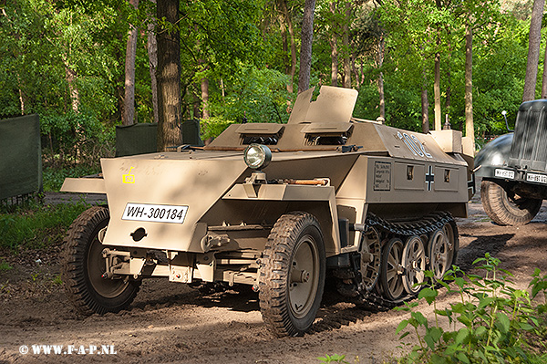 SD-Kfz-250   WH-300184     Overloon 14-05-2016
