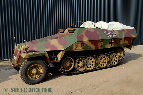 Sdkfz_251_1022   928688  of the Crompton Collection.   Overloon 15-05-2011